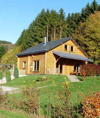 Location chalet ardenne belge alle sur semois chalets de for Acheter maison bruxelles